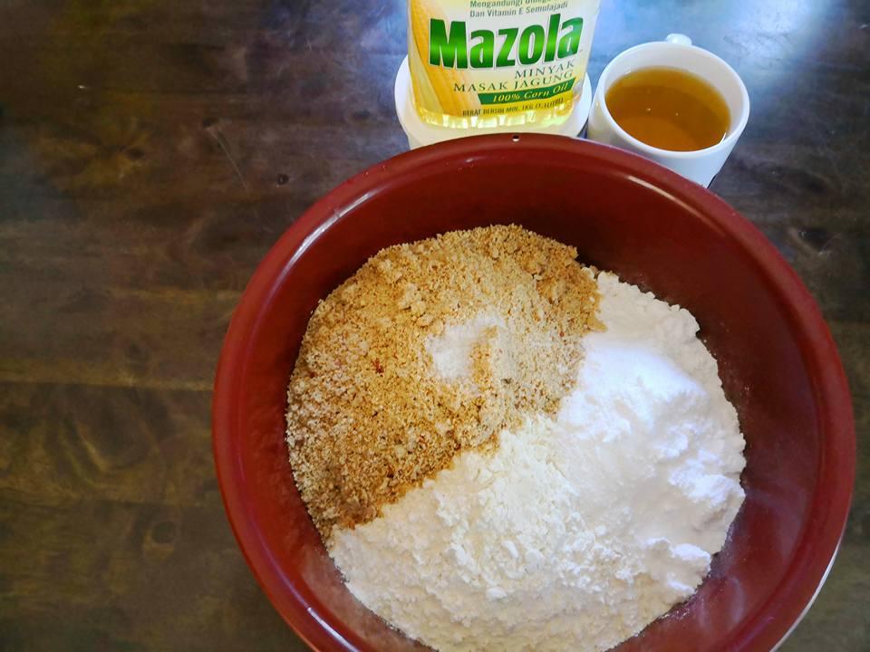 Cara Membuat Biskut Kacang Mazola – My Resepi