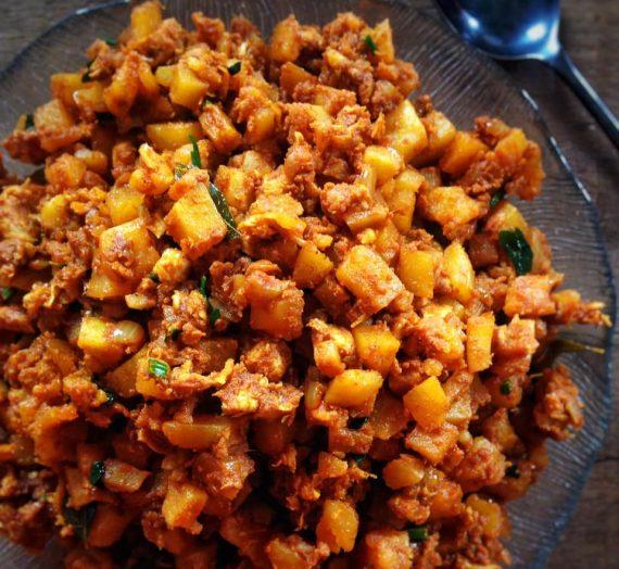 Cara membuat Inti Kari Ayam untuk Karipap dan Samosa