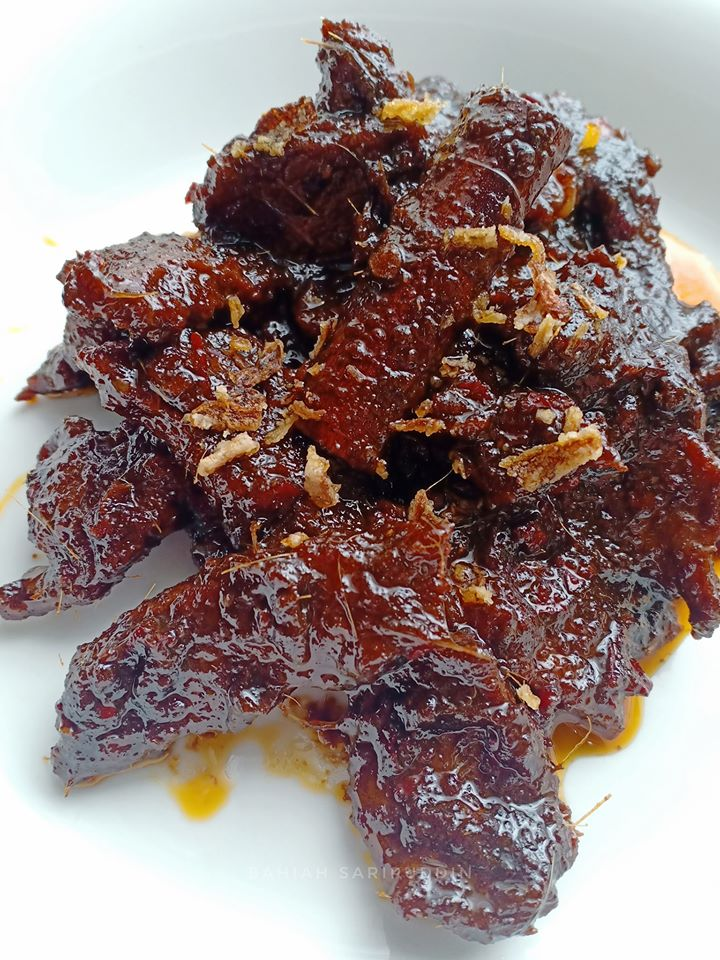 menyediakan daging masak hitam  mudah Resepi Ayam Masak Lemak Ketumbar Jintan Enak dan Mudah
