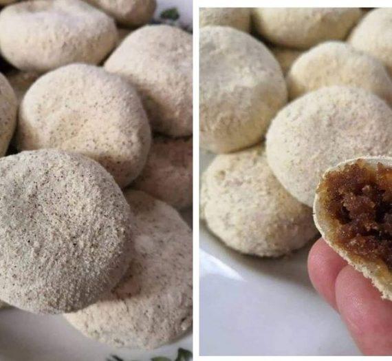 Cara untuk membuat Kuih Popular Malaysia iaitu Tepung Gomak. Sedap sampai taknak berkongsi dengan yang lain.